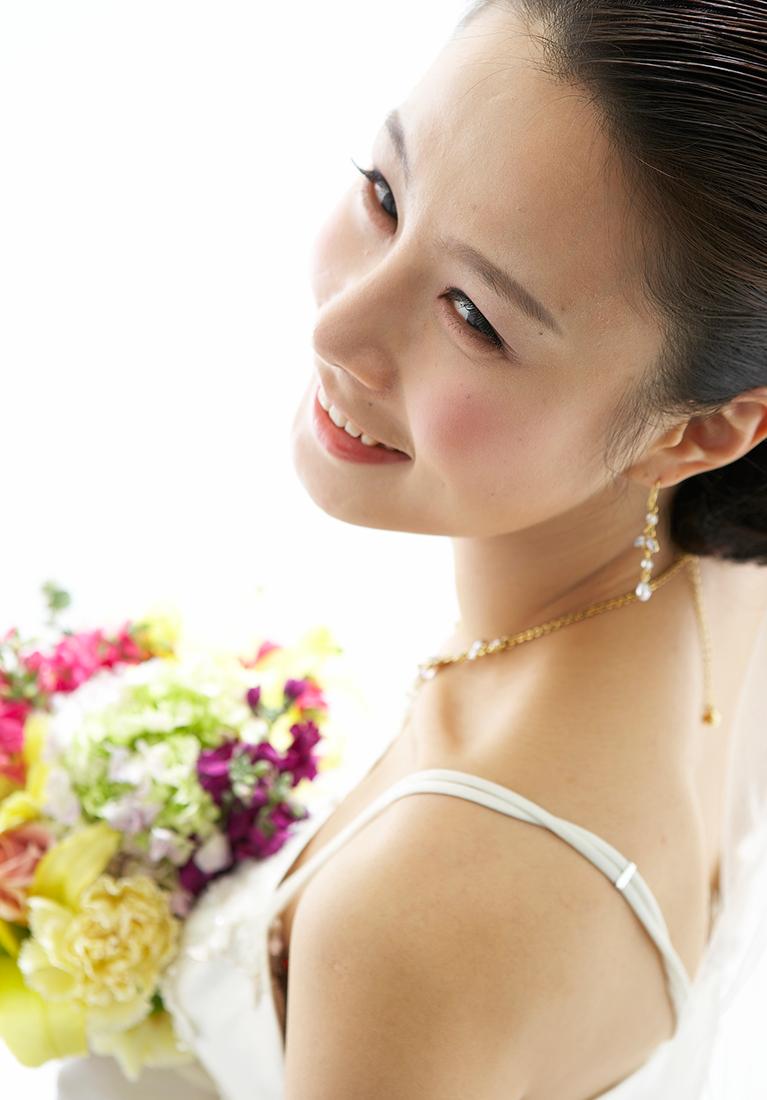 3.結婚式や成人式も素敵な笑顔で